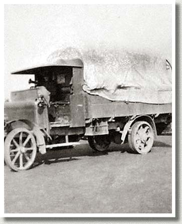 Transport Lorry and Driver, Shorncliffe, England, 1915