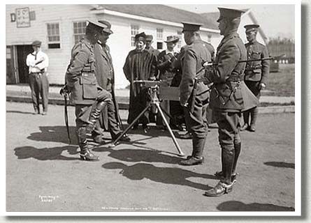 Griesbach and Other Officers of the 49th Battalion Inspect a Machine Gun, ca. 1915.